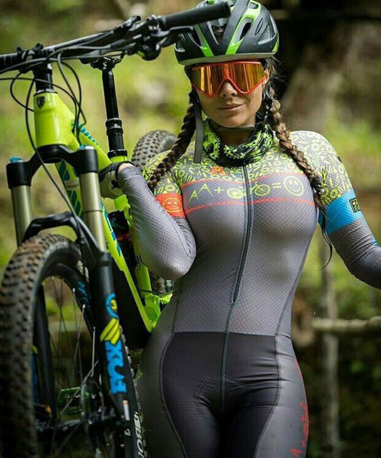 Hot cycling girls