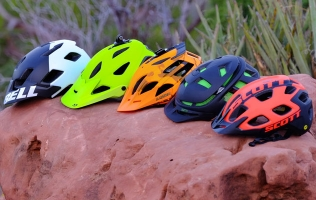 5 BEST MOUNTAIN BIKE HELMETS FOR TRAIL RIDING