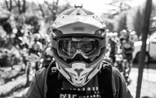 MUST HAVE MTB ENDURO PROTECTIVE GEAR