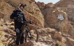 RED BULL RAMPAGE SIGNATURE SERIES 2013