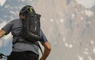 Choosing Mountain Biking Backpack – Enduro Hydration Packs